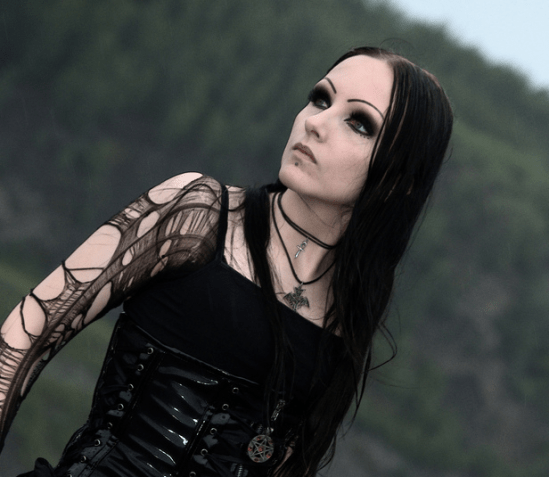10 Things All Former Goths Can Relate To