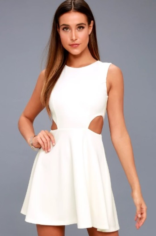 12 Best High School Graduation Dresses You'll Want To Be Wearing