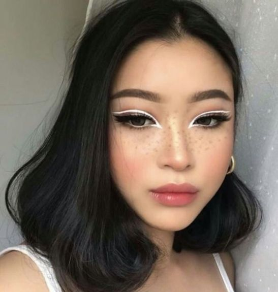 Current Makeup Trends To Try Based On Your Zodiac Sign