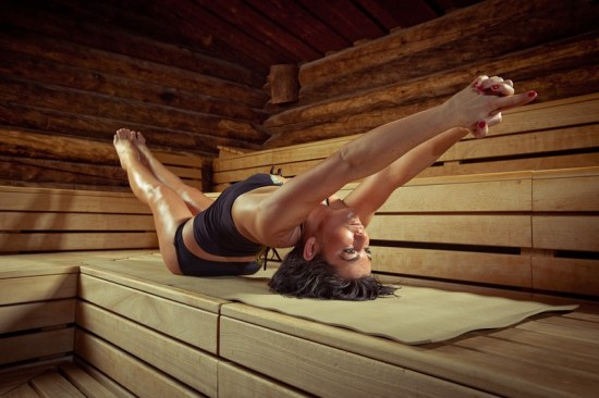 Reviewed: Pros & Cons Of The Hot Yoga Trend