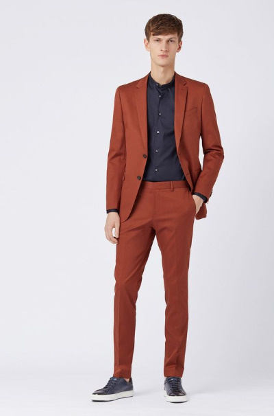 *Best Suits To Arrive At Any Event In Style