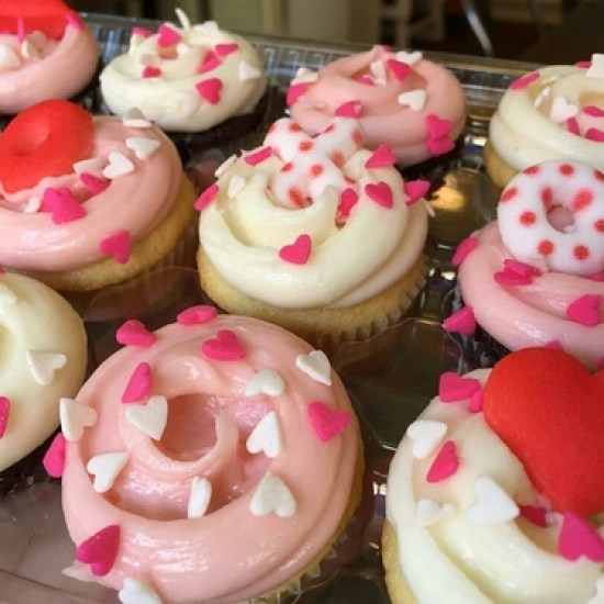 10 Ways To Celebrate When You're Single On Valentine's Day