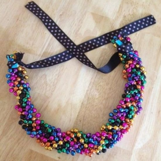 The Best Ways To Wear Mardi Gras Beads You Didn't Think Of