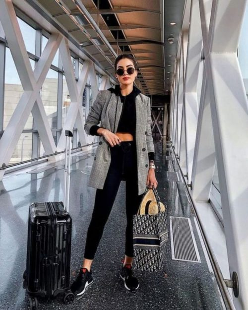 8 Airport Outfits To Inspire Your Travel Wardrobe