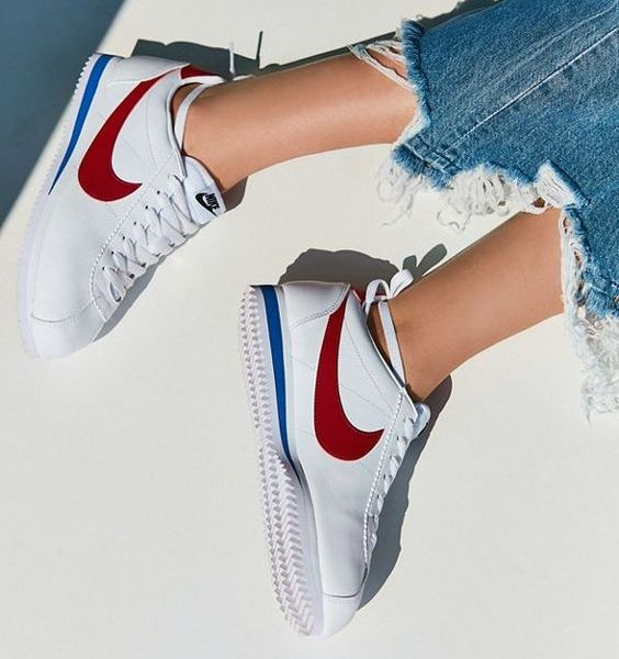 6 Cute Retro Sneakers For The Girl Who Doesn't Wear Them