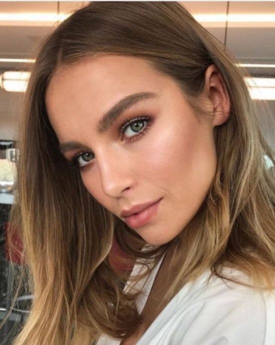 Natural Wedding Makeup That Will Grab Attention