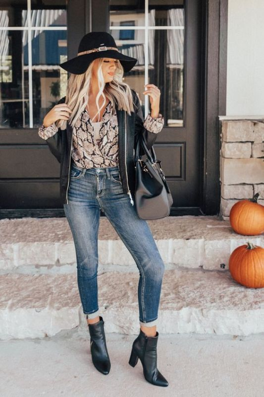 *25 Fall Fashion Essentials For Your Wardrobe