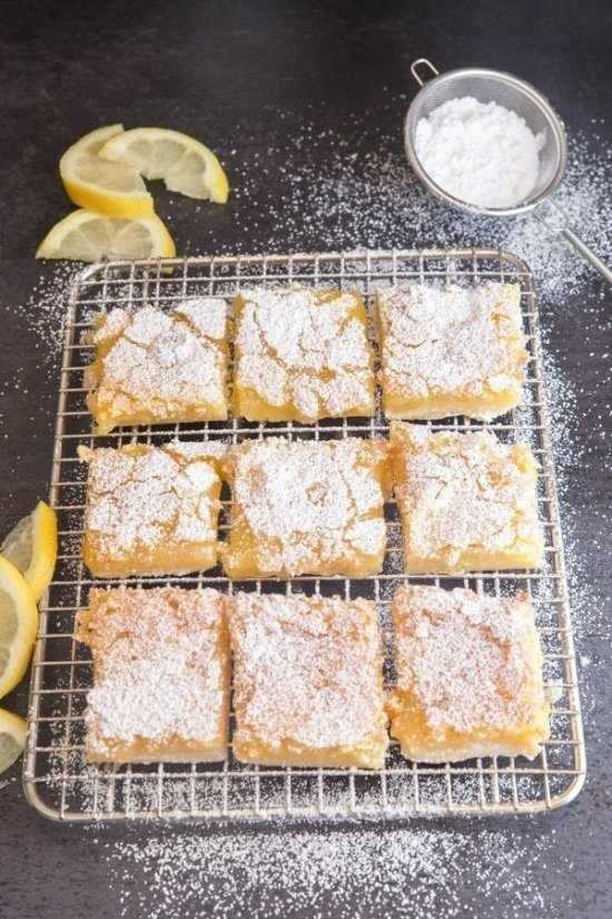 Quarantine can be difficult, but it's about to get a lot better. There are a million good baking recipes out there, but I've compiled my favorites just for you! You're guaranteed to find your next quarantine snack in here along with its quick and easy baking recipe.