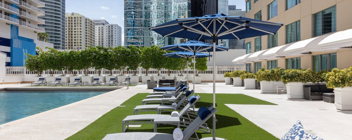 Headed To Miami For Super Bowl LIV? These Are The Hotels You Need To Consider Staying At