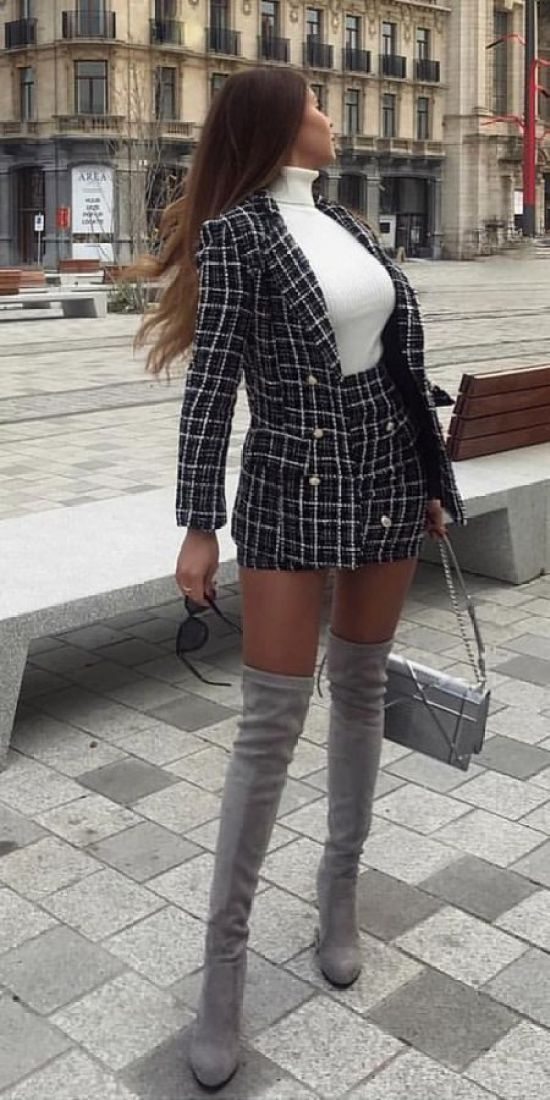 8 Ways To Rock A Mini Skirt During The Colder Months