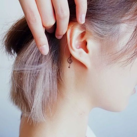 15 Behind The Ear Tattoos That Are Cute And Classy