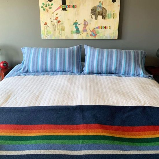 10 Unusual Bedding Ideas That Will Set Your Dorm Room Apart