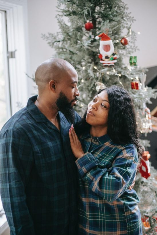 10 Cute Couples Gifts To Match With Your Bae