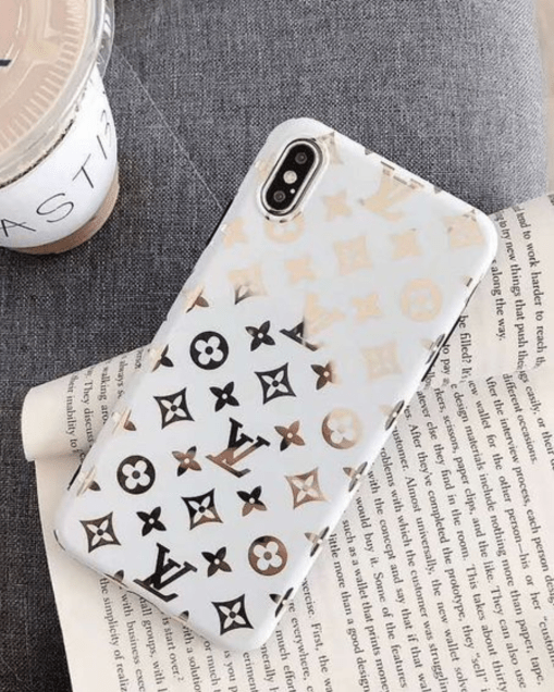 *10 Chic Phone Cases That You Will Fall In Love With
