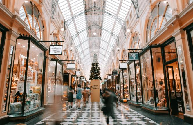 Shopaholic? Check These Tips On How To Spend Your Money Wiser