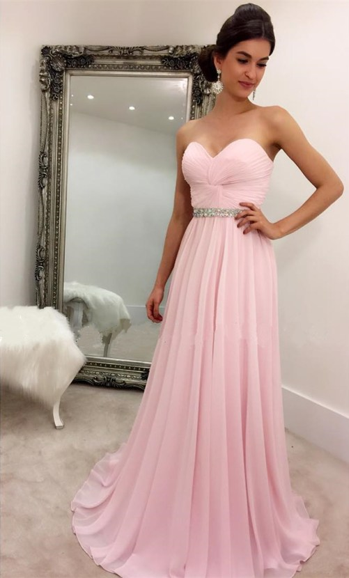 25 Stunning Simple Prom Dresses That Will Never Go Out Of Style