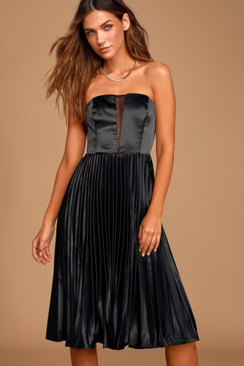 Cute Pleated Pieces You'll Actually Be Obsessed With This Spring
