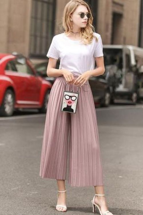 Pleated Pieces You'll Actually Be Obsessed With This Spring