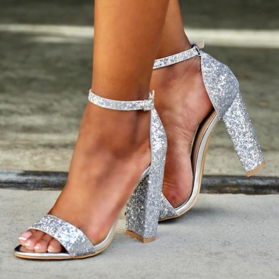 10 High Heels That You Will Want To Rock On Prom Night