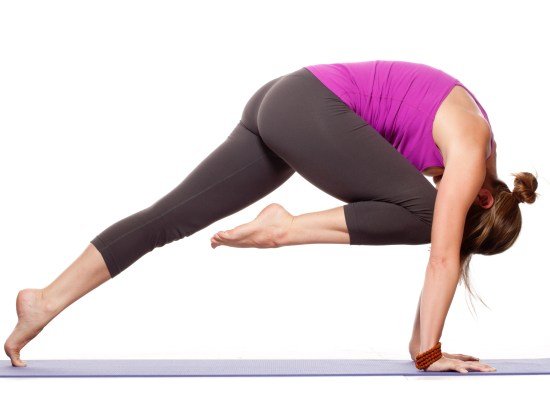 8 Best Yoga Poses To Build Core Muscles