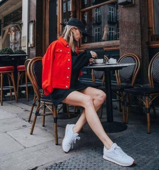 9 entzückende rote Outfits, die Sie diesen Herbst tragen können