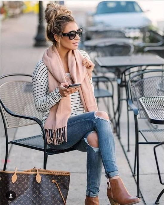 12 Amazingly Soft Scarves You Have To Wear This Winter