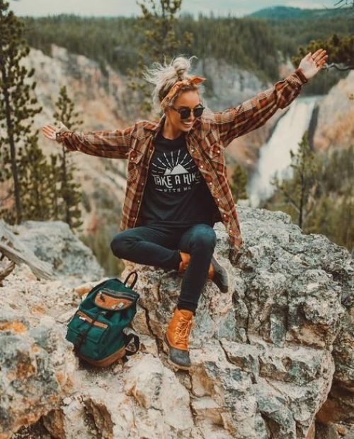*30 Casual Hiking Outfits For Your Next Outdoor Adventure