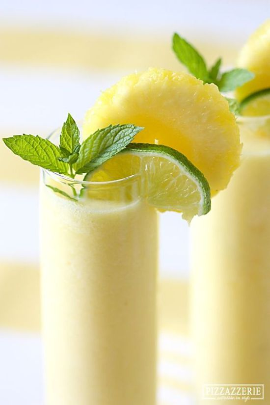 12 Fruity Drinks Perfect for Spring/Summer