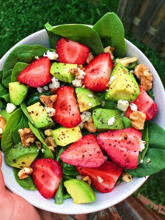 5 Ways To Make Your Salad Even Yummier