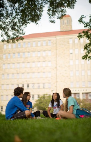 15 Best Student Loans To Check If You're Dreaming Of College