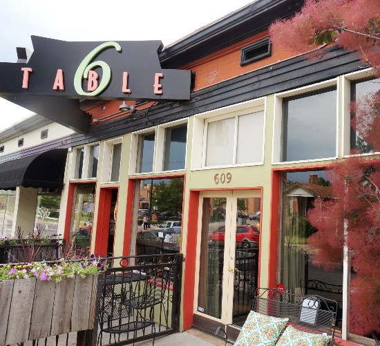 10 Amazing Food Places in Denver