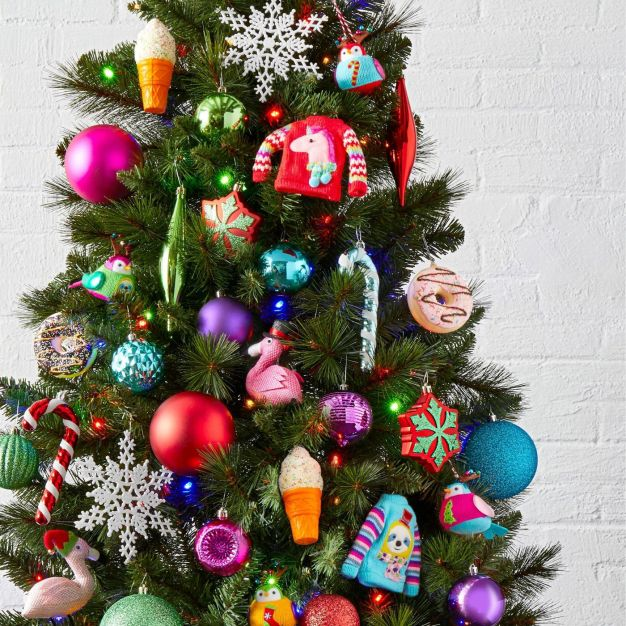 15 Of The Best Places To Buy Ornaments For Your Christmas Tree