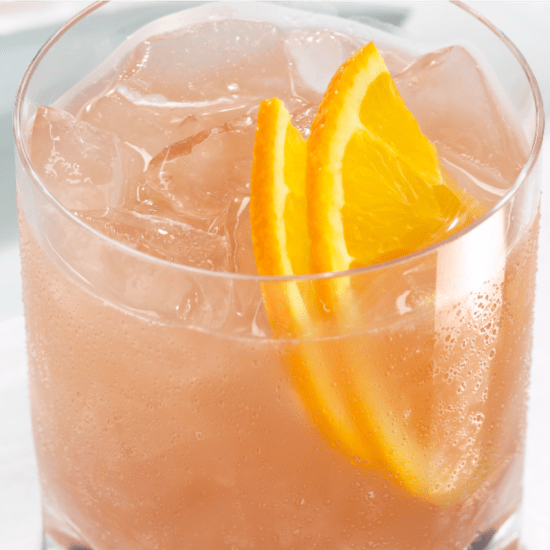 The Best Alcoholic Beverages To Drink When You're On A Diet