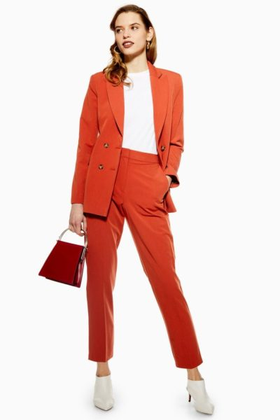 The Best Orange Outfits That Are Meant For Autumn