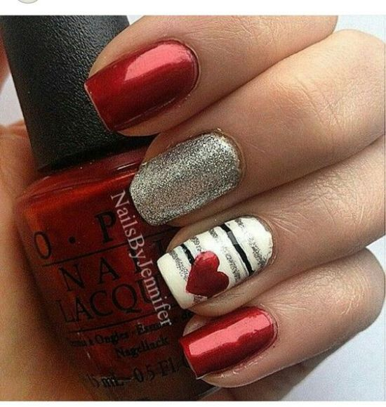 10 Valentine's Day Nail Designs For Your Romantic Night Out