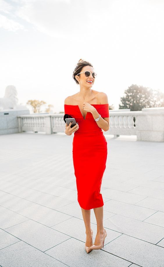 10 Looks For Being the Second Best Dressed At A Wedding