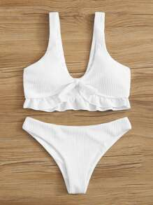 10 Adorable White Swimsuits To Try On This Summer