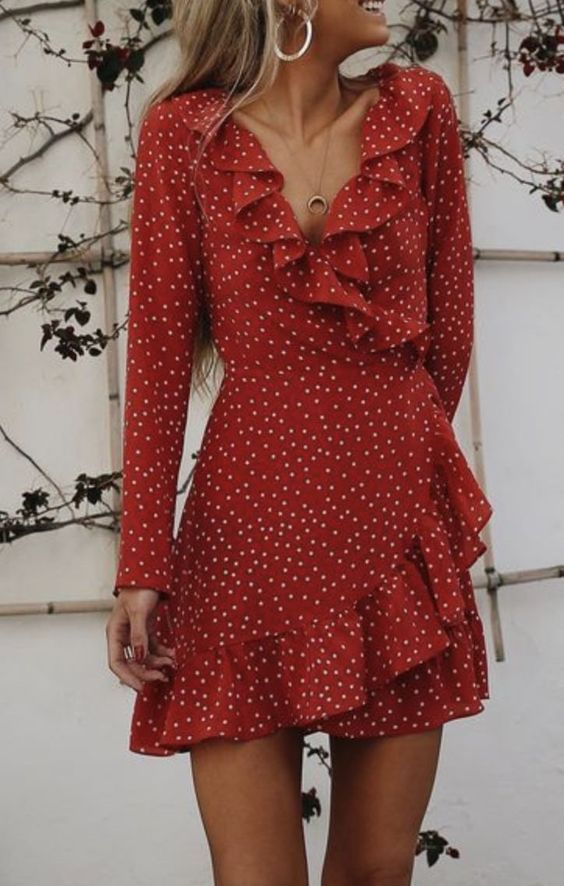 10 Party Dresses Perfect For Any Occasion