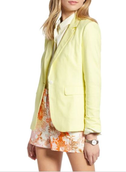 Colorful Blazers let everyone know that you mean business, but that you can also have fun on the weekends. Run the office while looking great with these looks.
