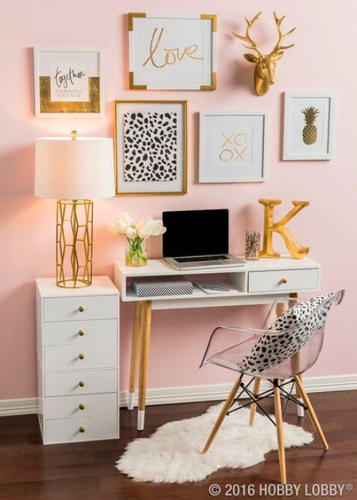 Lamps or light fixtures are amazing Uni room decoration ideas!