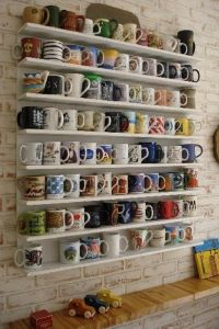 64dfc94e9e8889967b31b2dec47dfab5--coffee-mug-display-coffee-mug-storage