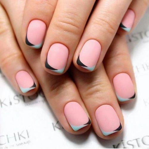 These are such pretty matte nails!