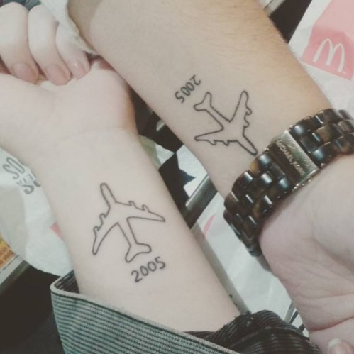 20 Tiny Travel Tattoos For People With Wanderlust - Society19