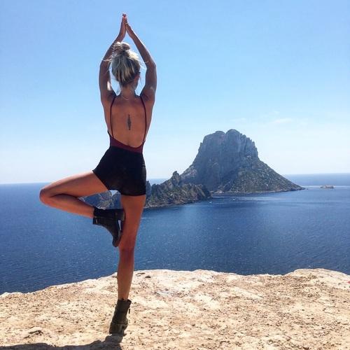 yoga on rock