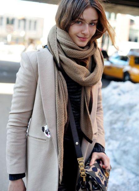e217ffd20ea59e59cd885dd732d3f290--big-scarves-chunky-scarves
