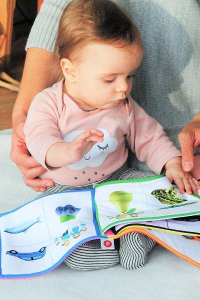 5Tips for Reading With Your Child at Home