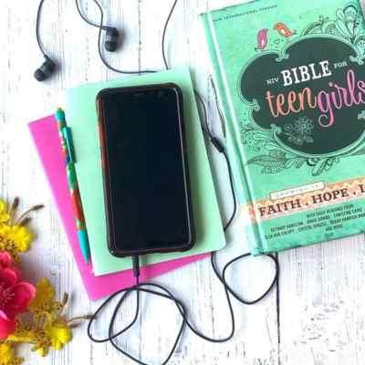 The Best Bibles for Teen Girls