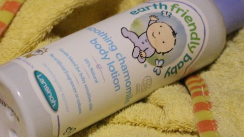 Blogger @andrubymakes4 UK Giveaway: Win an @LansinohFamily Earth Friendly Baby bath time bundle – Closes 25th Feb 2018