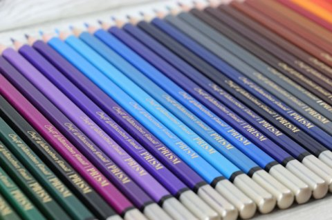 UK blogging assignment: Hunkydory Crafts Watercolour Pencils/Set Review (Worth over £40.00) Closes 10th Oct 2018