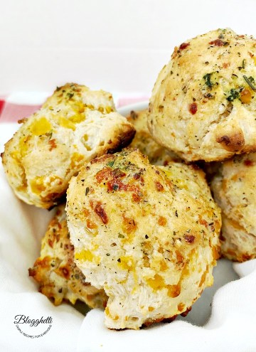 Red Lobster Cheddar Bay Biscuits with Herbs in a basket